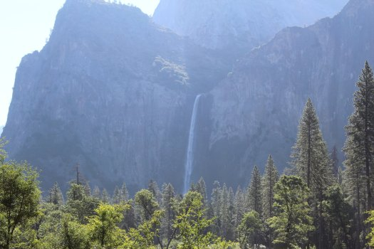 Bridalveil Falls from the viewpoint across the valley